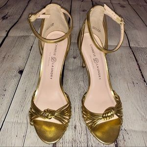 Chinese Laundry Gold Dress Sandals, size 8.5